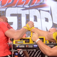 Armfight #48 - Pushkar vs Todd # Armwrestling # Armpower.net